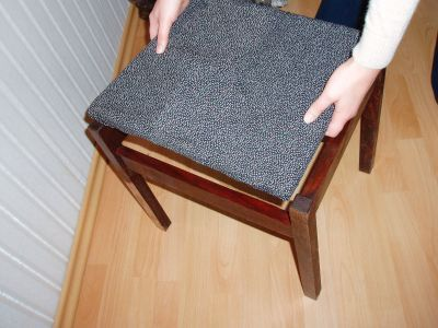Renowacja krzesła tapicerowanego